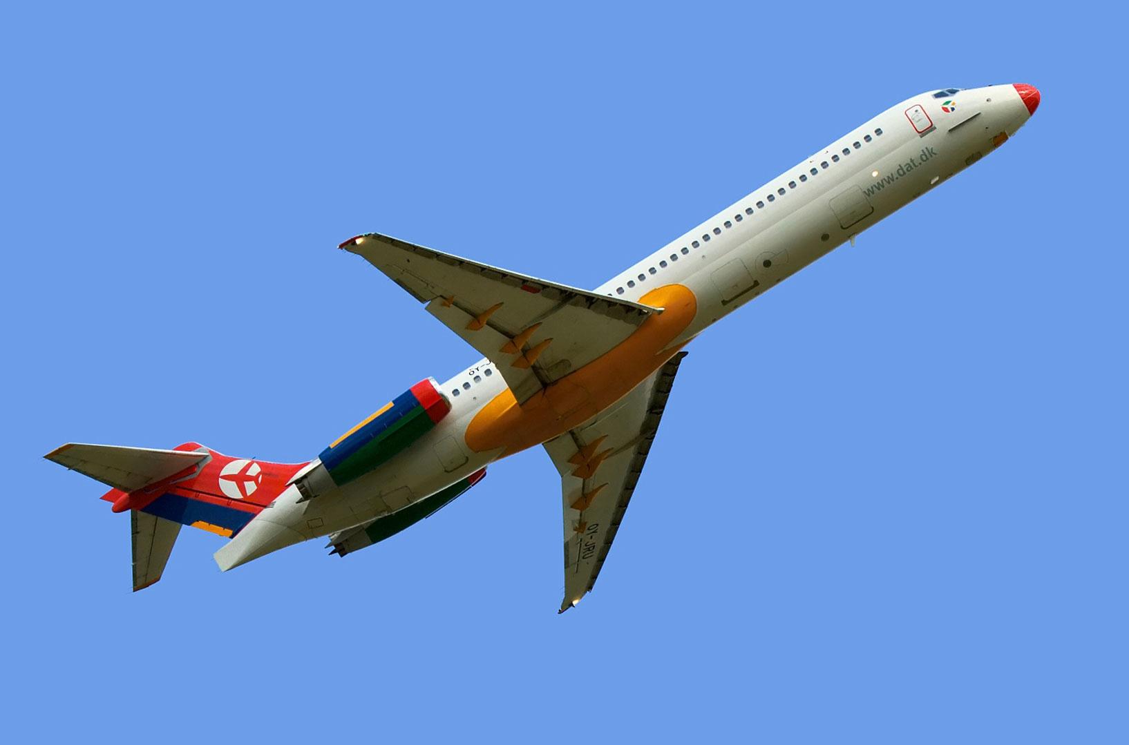 DAT · Danish Air Transport · MD87
